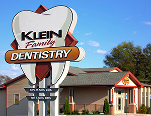 Klein Family Dentistry outdoor sign